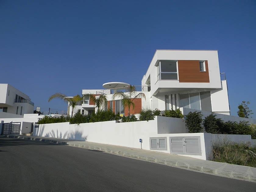 Limassol – 5 Stars Sea View Villas