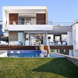 Pafos – Exclusive Beach Front Villas