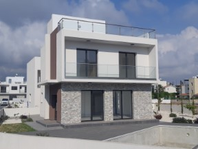 Paphos – Villas by the sea in the St George area
